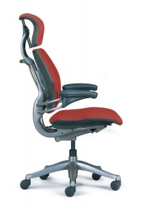 Humanscale Freedom side view